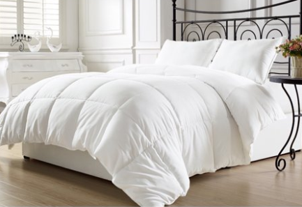 KingLinen White Down Alternative Comforter